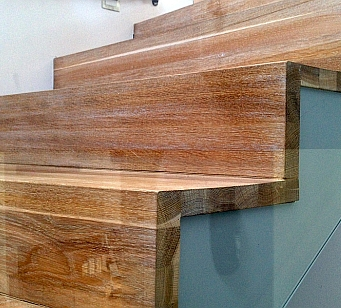 Stairs, risers, notchboards<br><br>